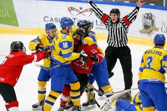 Фото взяте з сайтуunn.com.ua - Молодіжна збірна України з хокею розгромно поступилася Польщі на турнірі у Білій Церкві