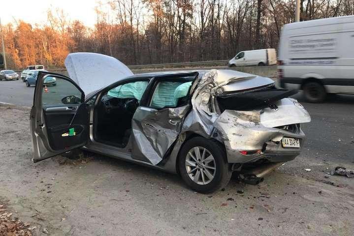 Машина нардепа Сергія Лещенка після аварії - Лещенко спростував версію, згідно з якою саме він спричинив ДТП