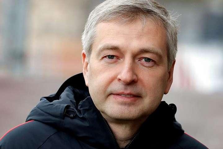 Російському бізнесмену Риболовлєву пред'явили звинувачення в корупції - Затриманий у Монако російський мільярдер втік до Москви