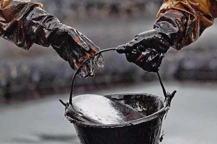 Ціни нанафту впали до піврічного мінімуму— Гроші