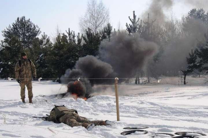 Унаслідок вибуху поранено військовослужбовця-контрактника — На Рівненському військовому полігоні стався вибух, постраждав контрактник