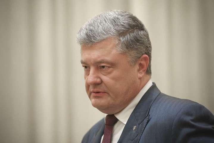 Пропонована зустріч була погоджена у розмові Меркель із Порошенком — Порошенко відповів на пропозицію зібрати «нормандський формат»