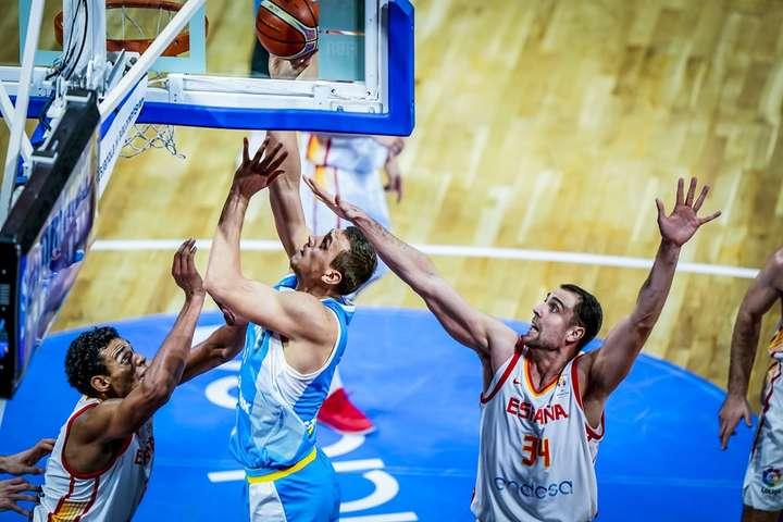 Збірна України програла в Іспанії у матчі відбору Кубку світу з баскетболу (відео)