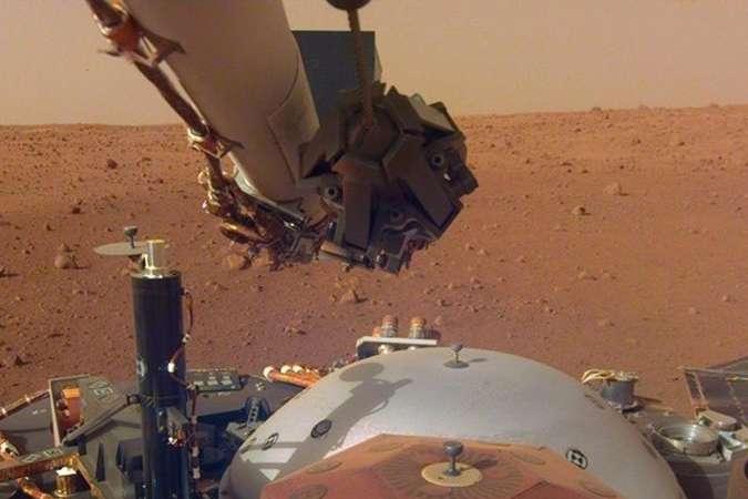 <p>Запис шуму марсіанського вітру вдалося записати зонду InSight</p> - NASA вперше опублікувало запис шуму вітру на Марсі