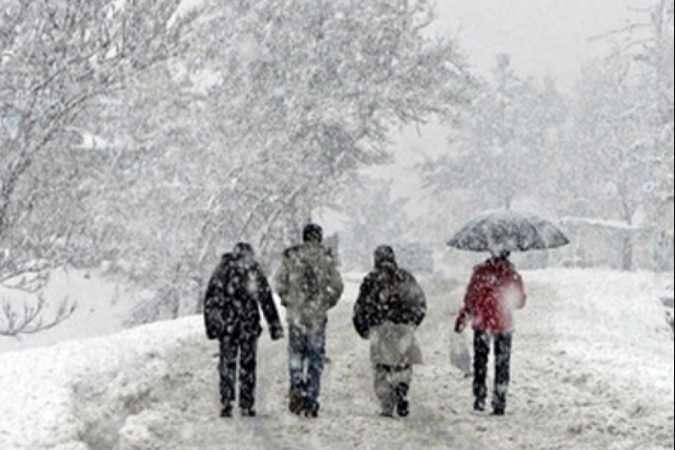 Ще майже тиждень Україну засипатиме мокрим снігом