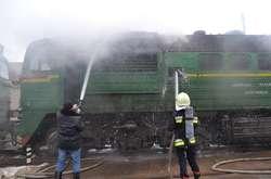 Фото: — Тепловоз тягнув вантажні пусті вагони
