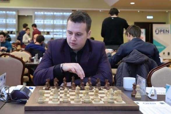<span>Міжнародний гросмейстер з Чернівців Віталій Бернадський</span> — Шахіст із Чернівців став призером турніру в Італії