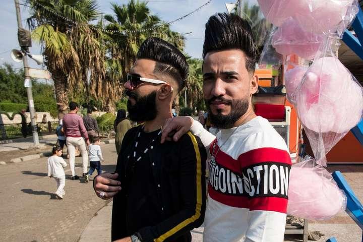 Селфі та розваги на ярмарках: до Багдада повертається нормальне життя