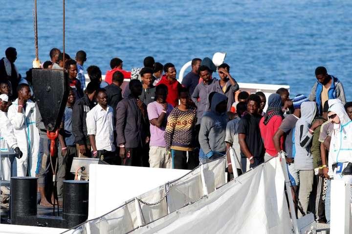 Мальта дозволила зійти наберег 49 мігрантам, урятованим угрудні