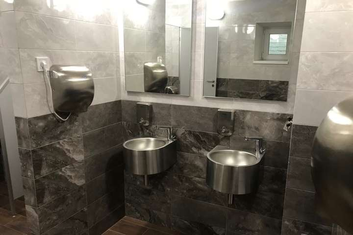 Громадська вбиральня на Андріївському узвозі - На Андріївському узвозі відкриють першу громадську вбиральню