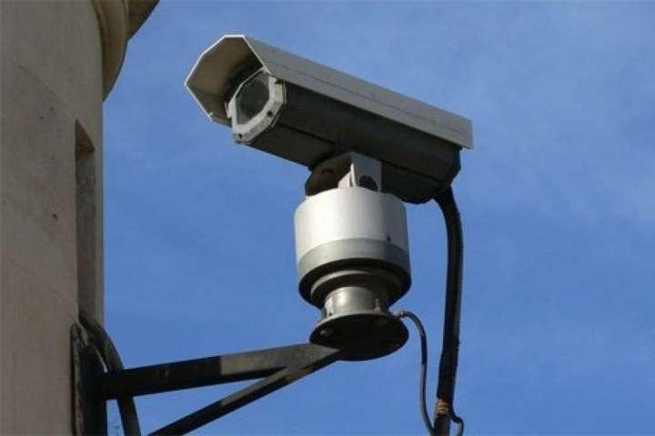 За рік на вулицях Києва буде встановлено 12 тис. камер спостереження