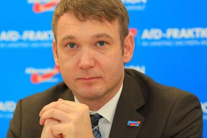 <p>Андре Поггенбург пішов із посади очільника осередку AfD в федеральній землі Саксонія-Ангальт в березні 2018 року після низки скандалів</p> - Один із членів «Альтернативи для Німеччини» створить свою власну партію