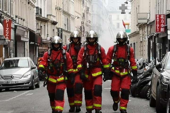 На місці вибуху у Парижі працюють рятувальники — Стало відомо про стан поранених внаслідок вибуху у Парижі