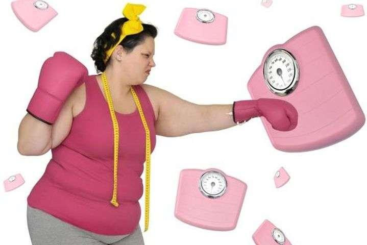 Ученые считают, что лишний вес и физическая активность могут защитить от болезней