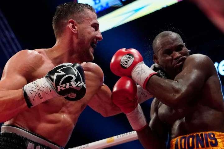Олександр Гвоздик в поєдинку з Адонісом Стівенсоном - WBC призначила переможця бою Джек - Браун претендентом на пояс Гвоздика