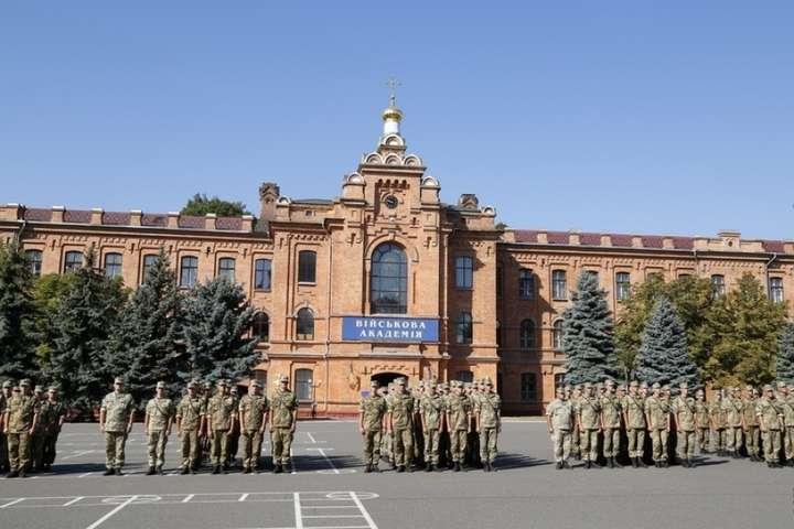 Священик московської церкви бідкається, що не може потрапити до храму