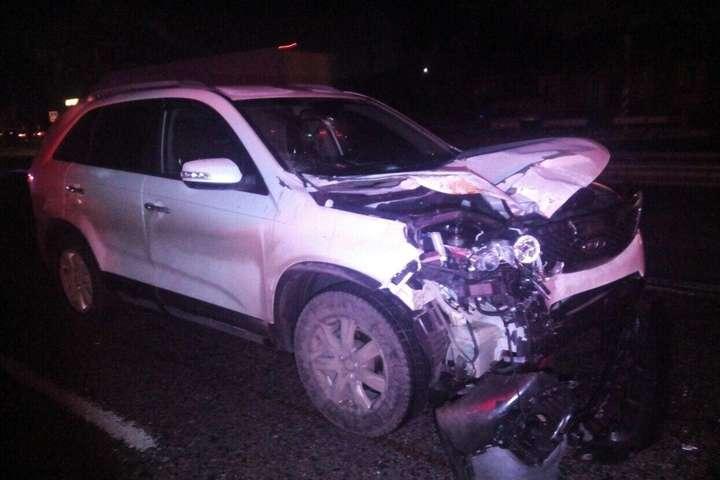 Водій автомобіля KIA Sorento скоїв наїзд на двох чоловіків - Смертельні ДТП на Київщині: загинули троє пішоходів