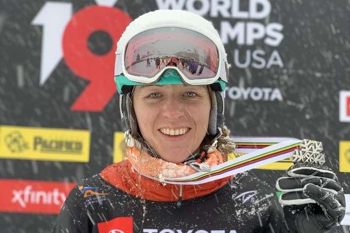 Аннамарі Данча виплекала цю медаль відданістю спорту — Фанатична спортсменка і любляча мама: хто така призерка світу зі сноубордингу Аннамарі Данча