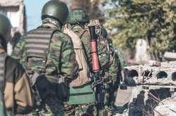 Фото: — <p>7 лютого внаслідок атаки під час перемир'я на сили сирійської опозиції у районі Дейр-ез-Зору загинуло понад 100 російських найманців</p>