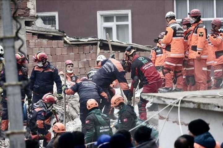 <p>14 осіб отримали поранення Об этом сообщает <a href=