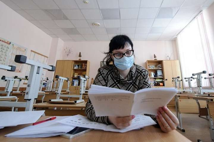 Через грип на карантин закрито 89 шкіл Києва