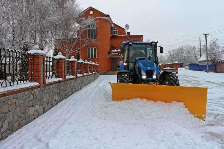 Вранці 13 лютого помірний сніг спостерігається у Полтавській, Чернігівській та Сумській областях - Снігопад в Україні: на деяких дорогах ускладнено рух