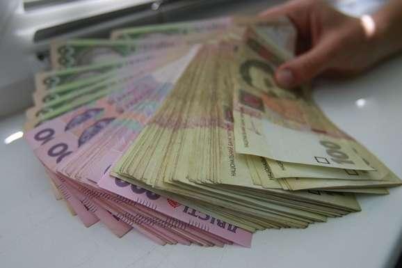 Видатки столичного бюджету збільшаться на 1,8 млрд гривень - Кличко обіцяє столичним бюджетникам підвищення зарплати