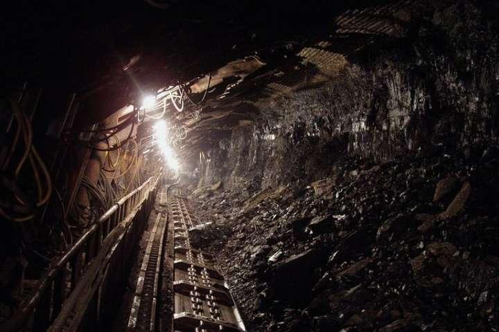 <p>На одному з горизонтів шахти були знайдені тіла двох людей</p> - На Дніпропетровщині на шахті загинули двоє гірників