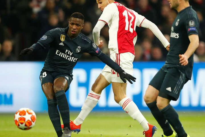 Бразилець Вінісіус фактично самотужки організував перший гол «Реалу» - «Аякс» забив двічі, але програв «Реалу» в 1/8 Ліги чемпіонів (відео)