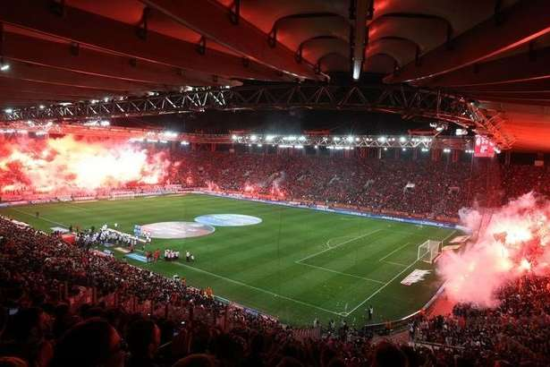 Трибуни стадіону «Ґеорґіос Караїскакіс» наводять жах на усіх суперників - В надії на Соля і надійність тилів: анонс матчу «Олімпіакос» - «Динамо»