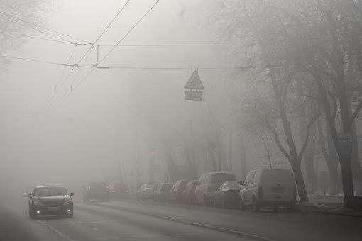 Видимість у Києві 200-500 м - Київ у тумані: оголошено жовтий рівень небезпечності