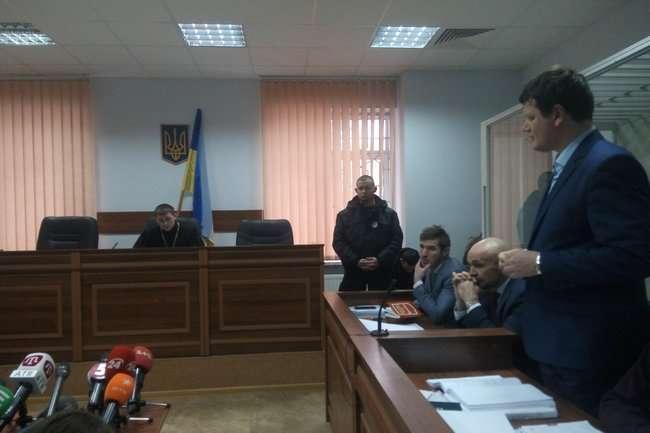 <p>Голова Херсонської облради Владислав Мангер 13 лютого на суді заявив, що вбивство Гандзюк організував генерал СБУ Данило Доценко</p> - Суд продовжує засідання у справі Мангера