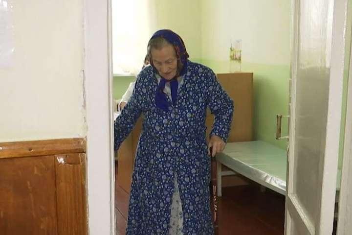 На Вінниччині онук побив 77-річну бабусю