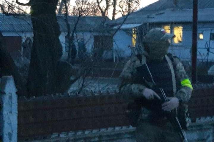 Обшуки розпочалися вранці 14 лютого - У ФСБ пояснили причину обшуків у будинках кримських татар