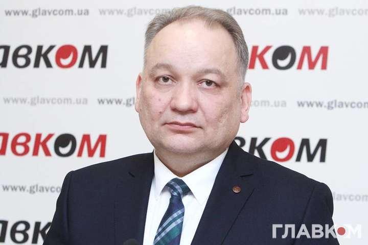 <p>«Я буду далі продовжувати боротьбу», - заявив член Меджлісу кримськотатарського народу Ескендер Барієв</p> - Член Меджлісу прокоментував, чому окупанти оголосили його в міжнародний розшук