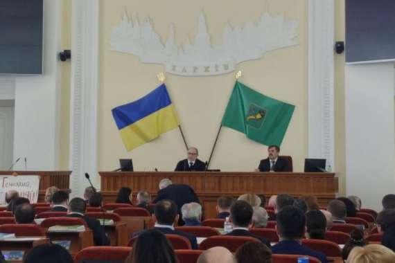 Мэр Харькова назвал протестующих активистов «дебилами»