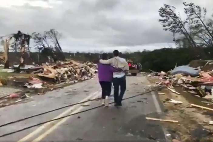 Кількість жертв від торнадо в Алабамі зросла до 22 осіб