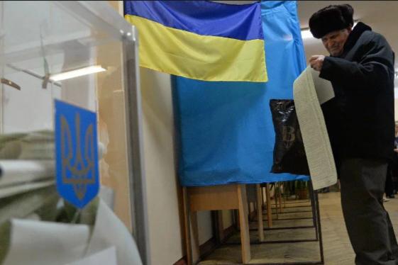 Вибори президента в Україні пройдуть 31 березня - Свіжі рейтинги: У другий тур проходять і Тимошенко, і Зеленський