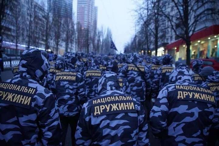 «Нацдружини» періодично виходять на марші у Києві — Аваков обіцяє, що «Нацдружини» не втручатимуться у виборчий процес