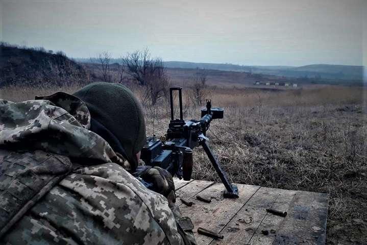 Бойовики обстріляли українських бійців: є поранені
