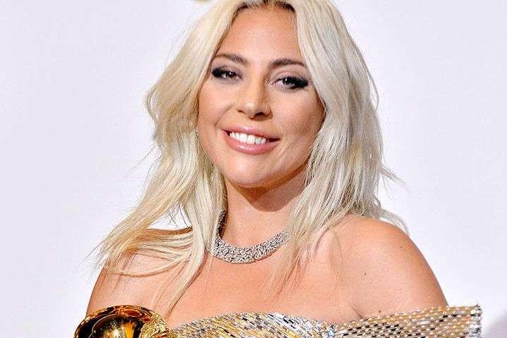 Леди Гага - Леди Гага прокомментировала слухи о беременности