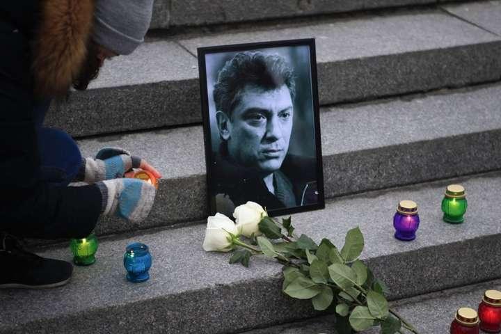 У п'ятницю біля посольства РФ у Києві відкриють сквер імені Нємцова