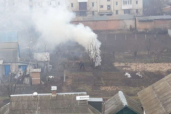 Муніципальна поліція розпочинає рейди містом з виявлення випадків спалювання відходів рослинного походження