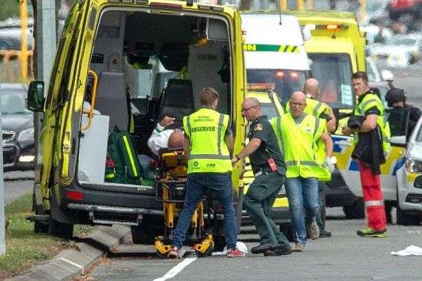 <span>Теракт в мечетях у Новій Зеландії &#8212; поліція знешкодила кілька бомб після стрілянини</span> &#8212; Теракт у Новій Зеландії: кількість жертв зросла до 40 осіб&#187;></div> <p><span>Теракт в мечетях у Новій Зеландії &#8212; поліція знешкодила кілька бомб після стрілянини</span></p> </p></div> <p>Унаслідок стрілянини в двох мечетях міста Крайстчерч в Новій Зеландії загинуло 40 осіб, поранення отримали 48 людей.</p> <p>Про це заявила прем&#8217;єр-міністр країни Джасінда Ардерн, повідомляє Sky News у&nbsp;<a href=