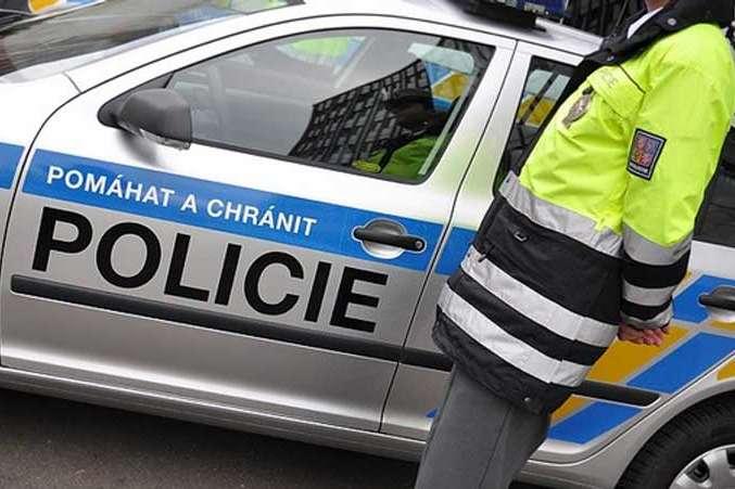 Українська поліція допомогла Чехії арештувати 12 іноземців за контрабанду мігрантів
