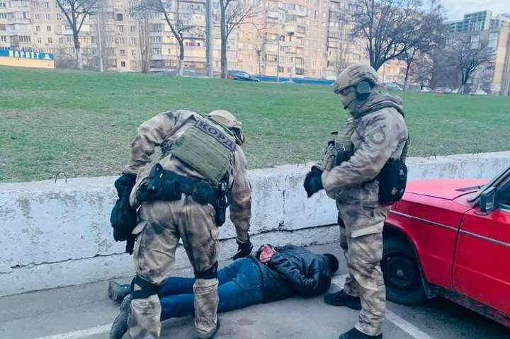 На Одещині етнічне злочинне угруповання займалось вимаганням грошей