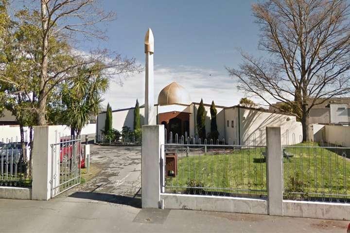 Теракт у Новій Зеландії: обвинувачений у стрілянині постав перед судом