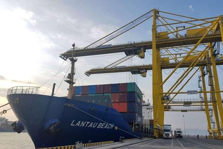 Україна хоче створити експортний хаб у В'єтнамі