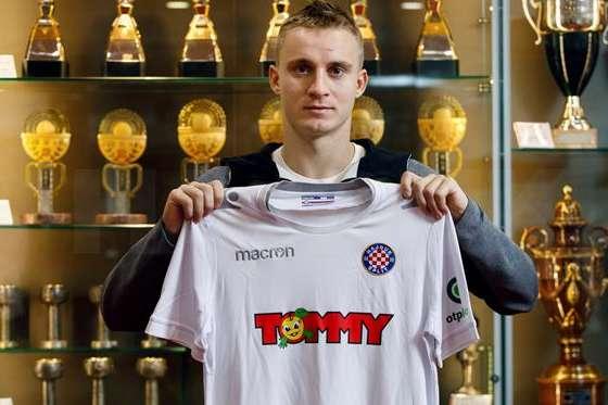 Сваток за дві хвилини отримав два попередження у матчі чемпіонату Хорватії