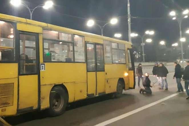 Очевидці аварії побили водія автобуса - Моторошна ДТП на Дорогожичах: слідча комісія встановлює всі обставини